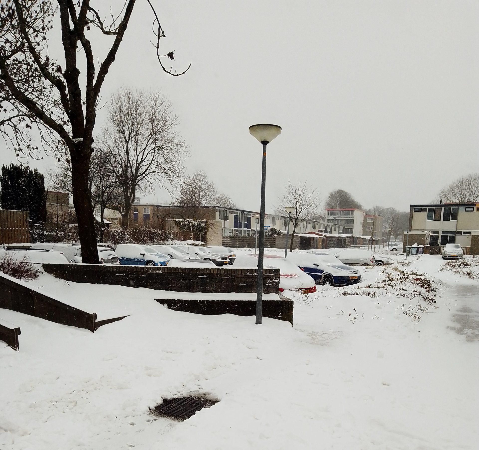 Het sneeuwt in Lelystad in Coronatijd werkplaats der ideeën